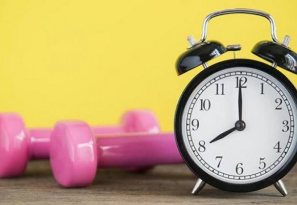 ¿Cuál es la mejor hora para hacer ejercicio en casa?